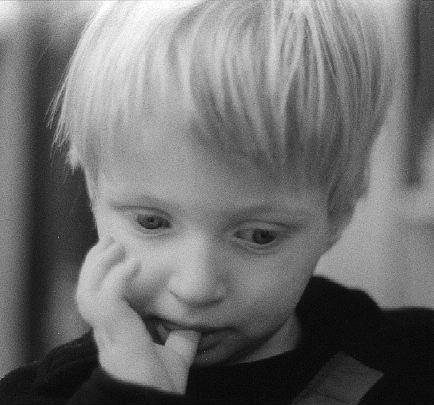 Lou pensif (2 ans)