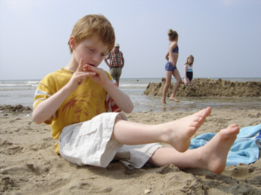Lou dans le sable