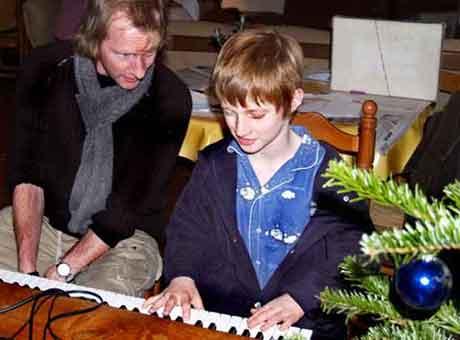 Lou au piano