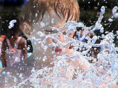 petit prince à l'eau