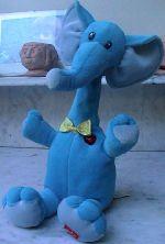 L'éléphant qui répète tout
