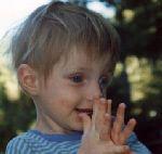 Lou et ses mains